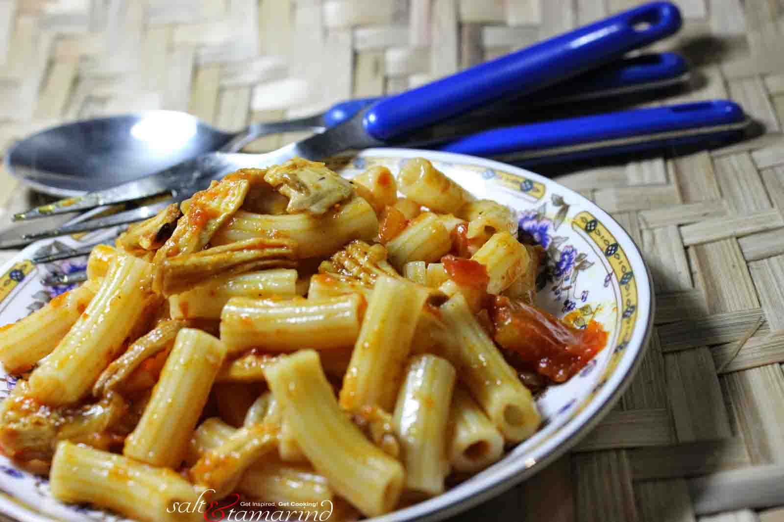 Rigatoni With Curried Chicken