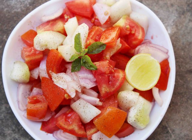 onion,tomato and cucumber salad