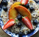 freekeh quinoa breakfast porridge