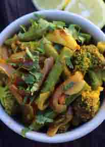 Spicy Green Beans & Broccoli Stir Fry
