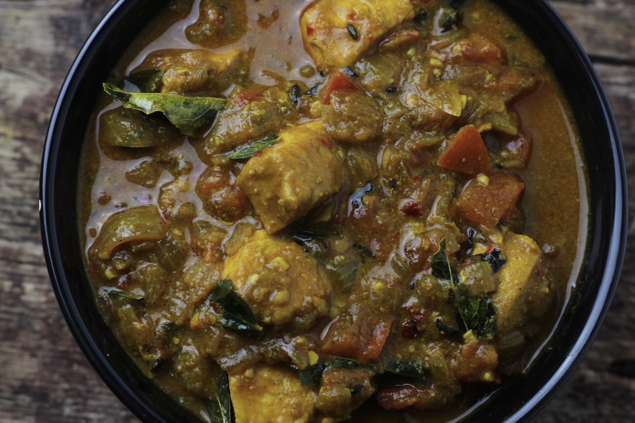 Nadan Boneless Kozhi Curry/ Quick & Easy Chicken Curry