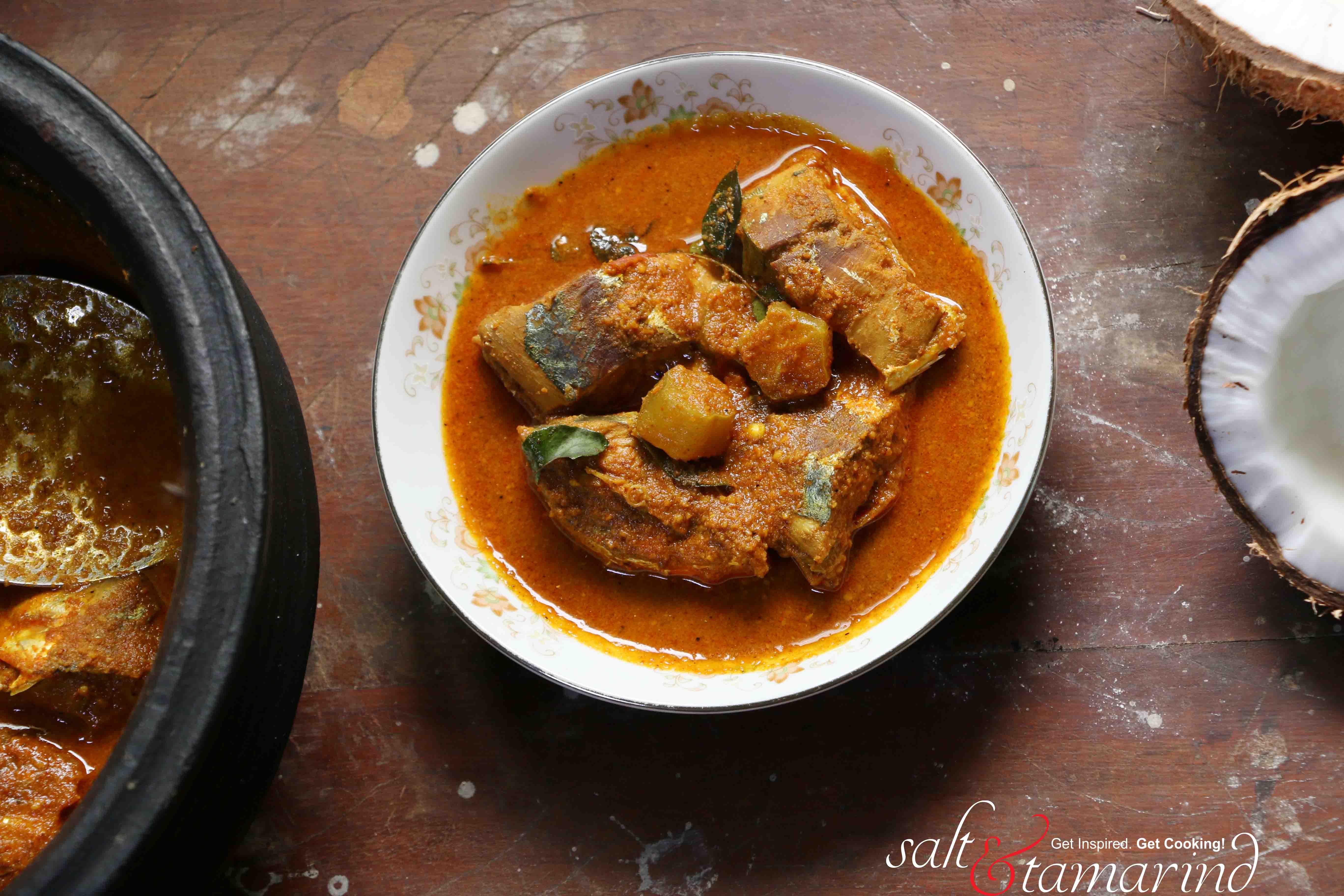 Varutharacha (Roasted Coconut) Fish Curry