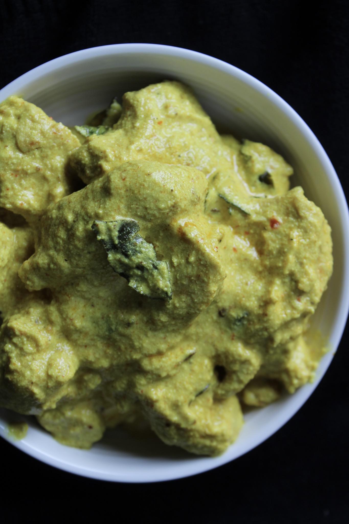 Yoghurt Chicken/ Dahi Chicken