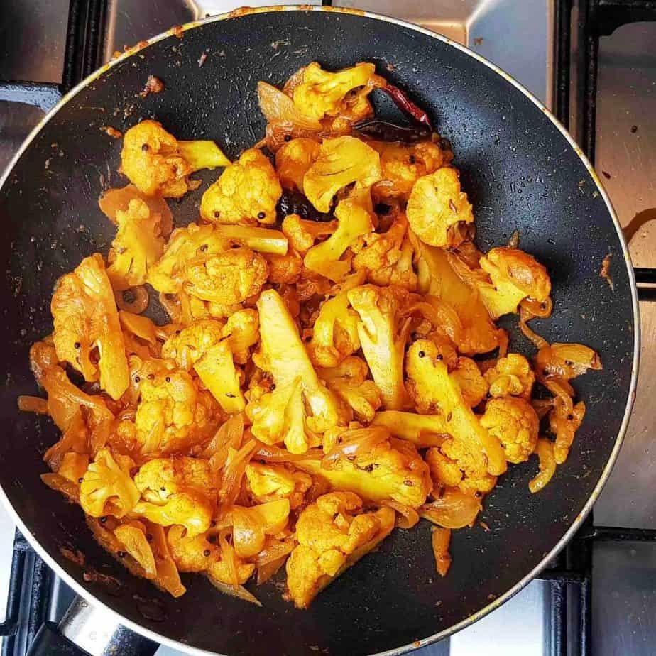 Gobi Fry Masala (Indian Dry Cauliflower)